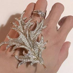 ❤️FALL SALE❤️ Crown Trifari Brooch